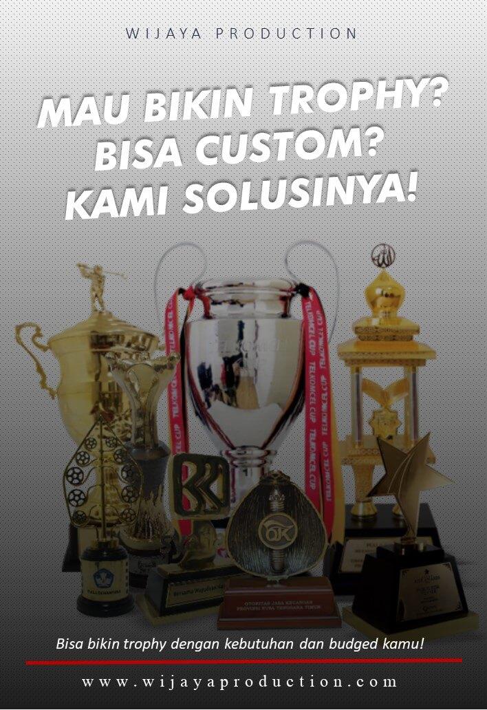Custom Piala Plakat Olahraga